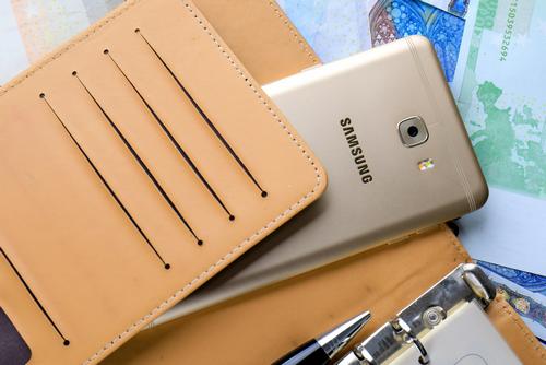 用手机改变生活,三星Galaxy C9 Pro做你生活助手